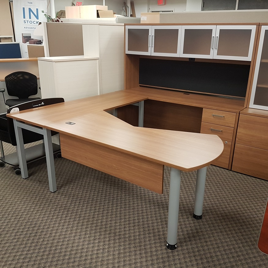 U Shaped Desk With Hutch 17